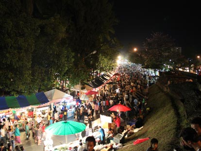 Chiang Mai flower-festival at night