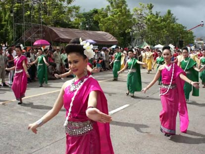 Traditional Thai dancing at the Candle Festival in Ubon Ratchathani